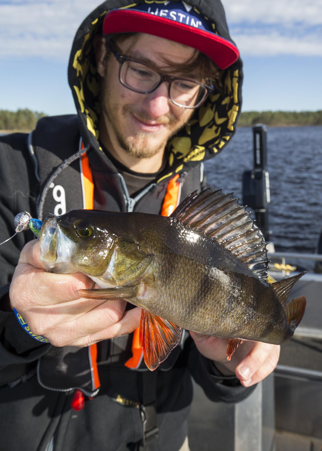 Jigg & vertical fishing